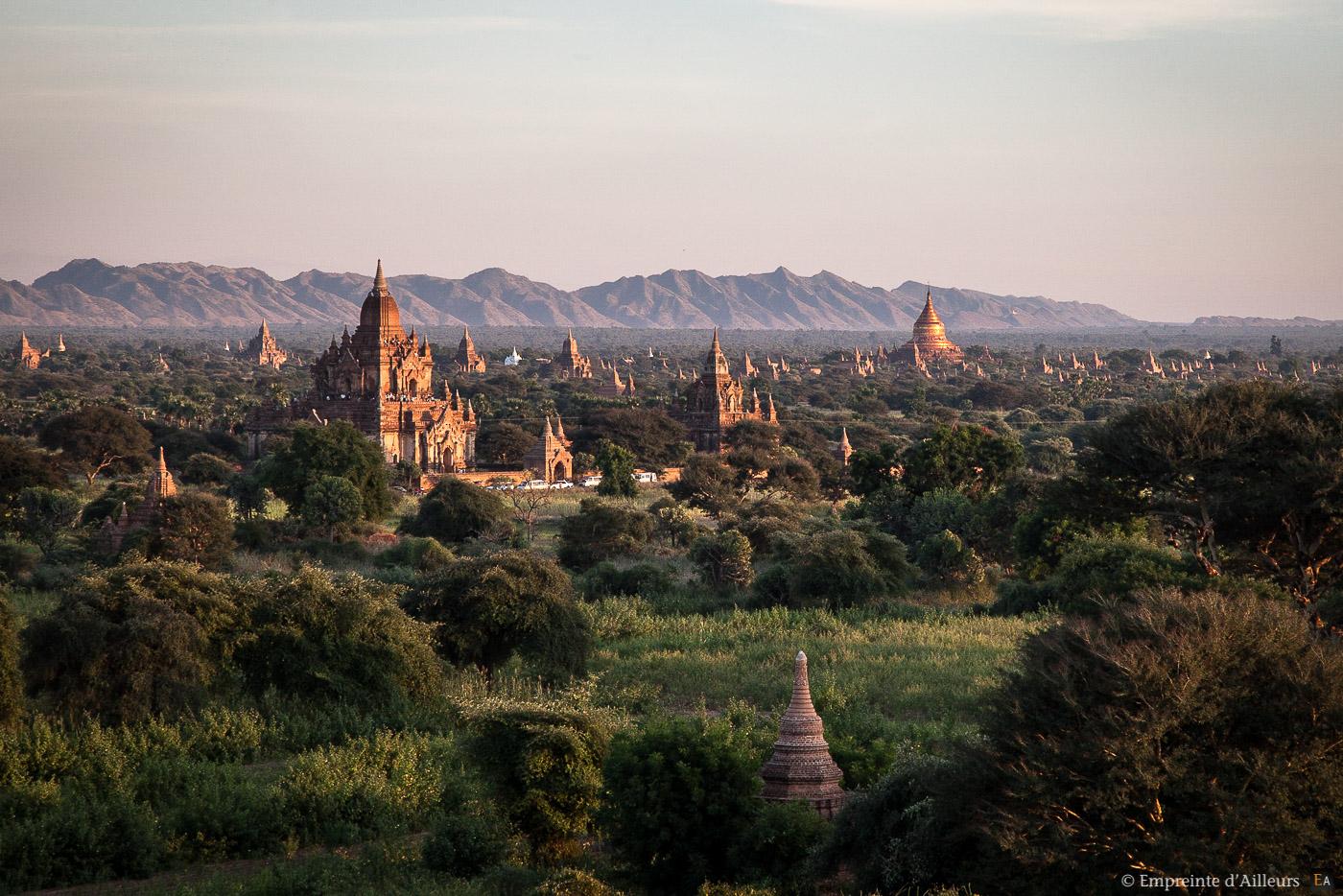 Toits de Bagan