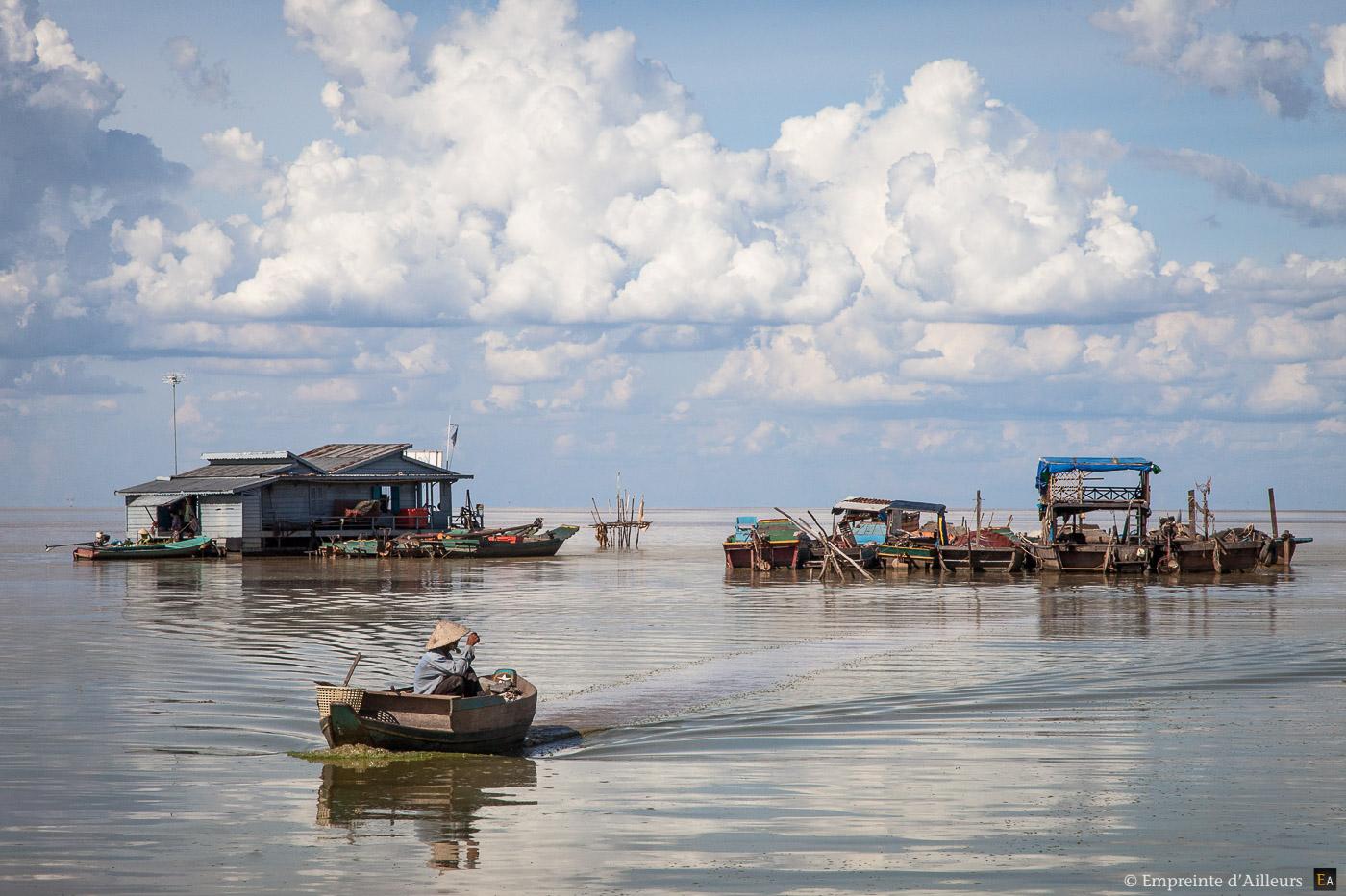 Village flottant sur le Tonlé Sap