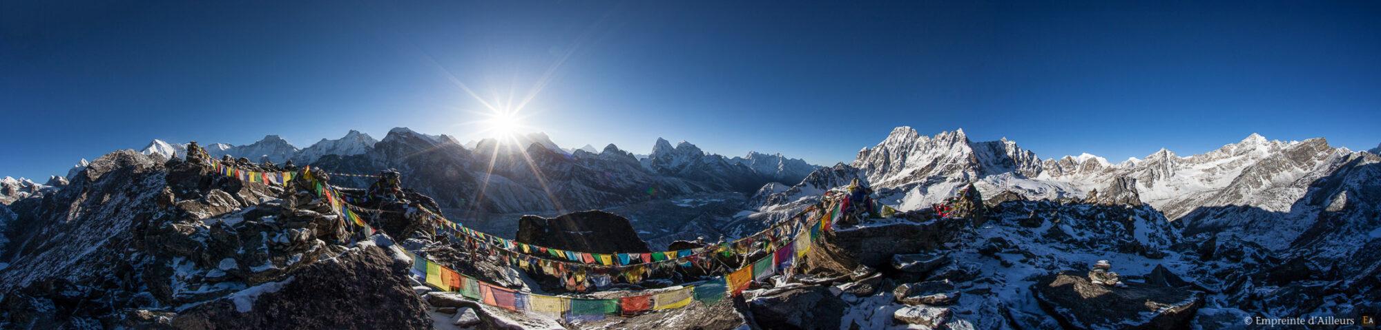 Levé de soleil sur l'Everest