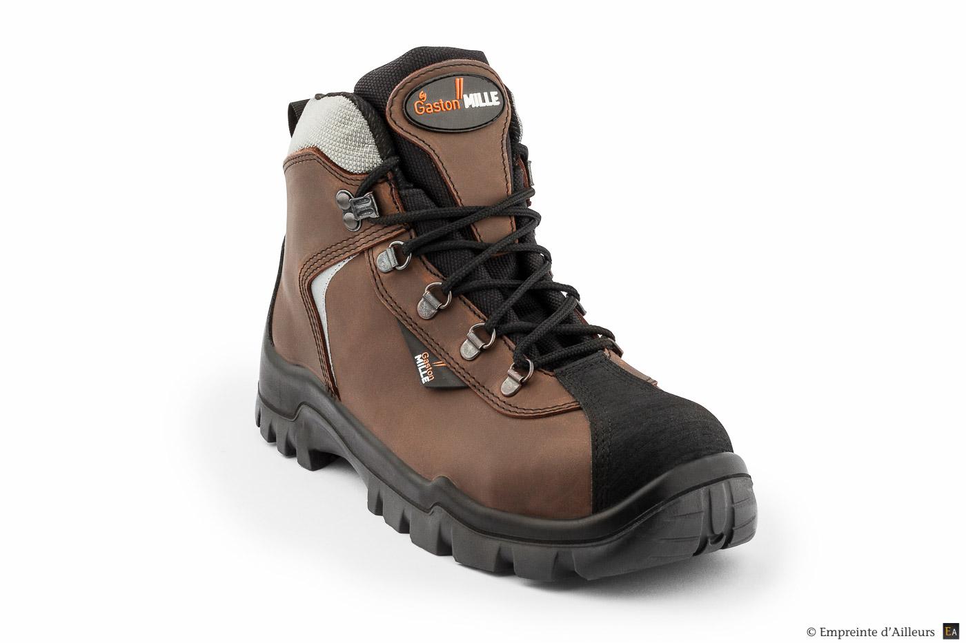 Chaussure type randonnée