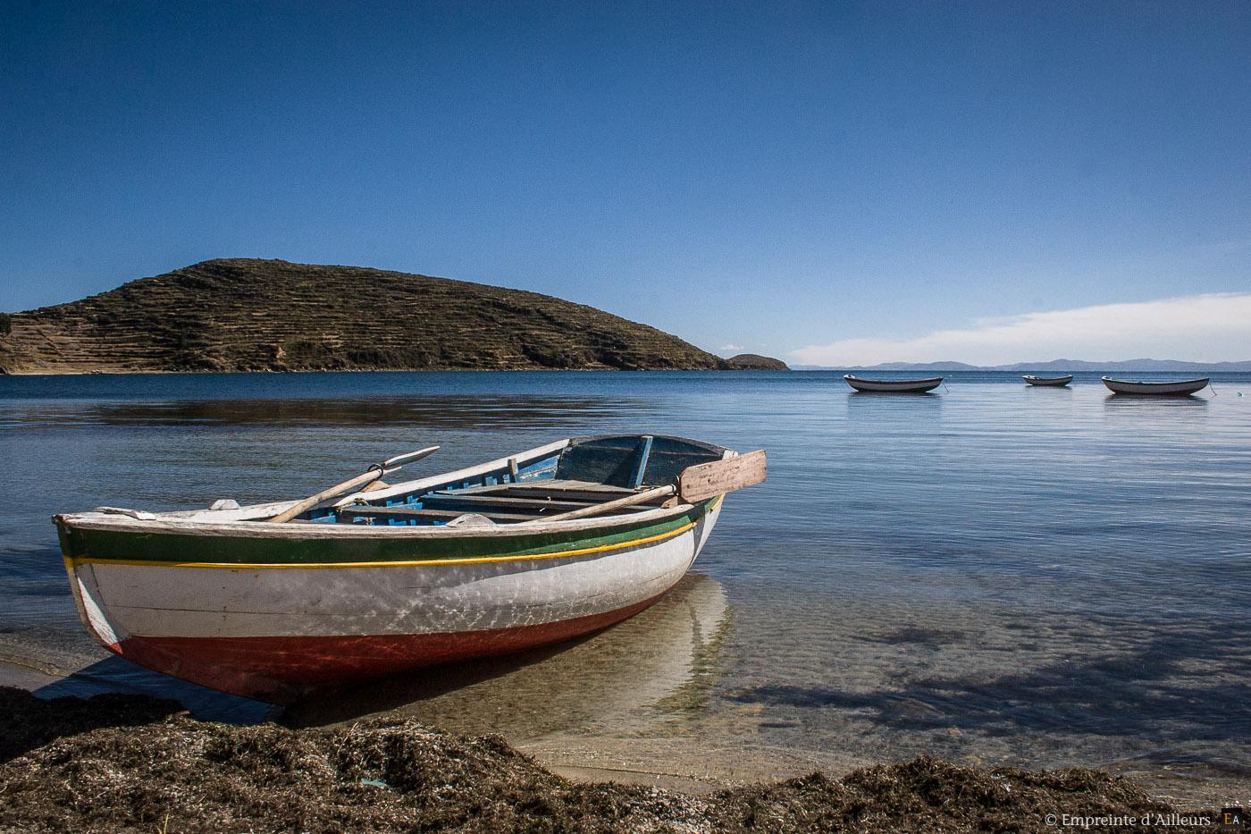 Barque sur le lac Titicaca