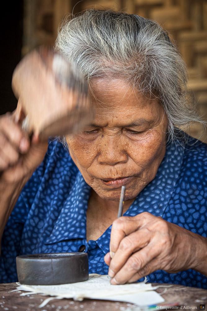 Grand mère Wayang Kulit