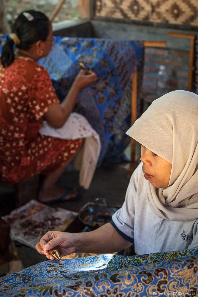 Atelier de batik à Java