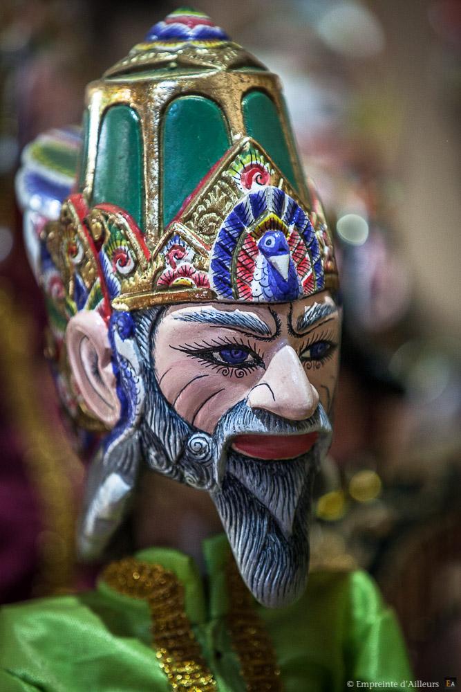Marionnette traditionnelle Javanaise Wayang Golek
