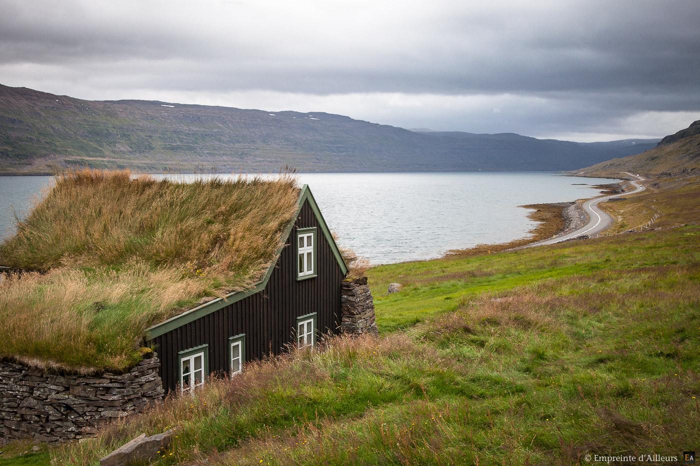 Maison traditionnelle Islandaise